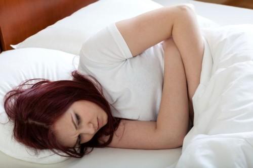 Почему болит поясница при беременности на раннем