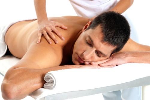 Как лечь если болит спина